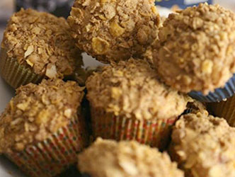 honey bunches oats cinnamon strudel muffins